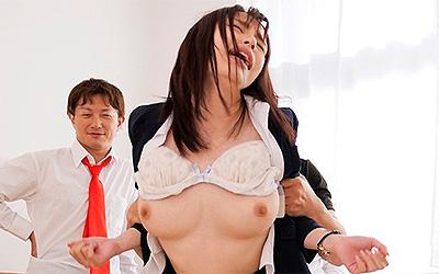 拘束レ×プ輪● 絶倫生徒に無限ピストンされた巨乳新米女教師 伊藤舞雪